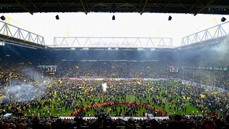 bvb_meister_stadion_voll_92